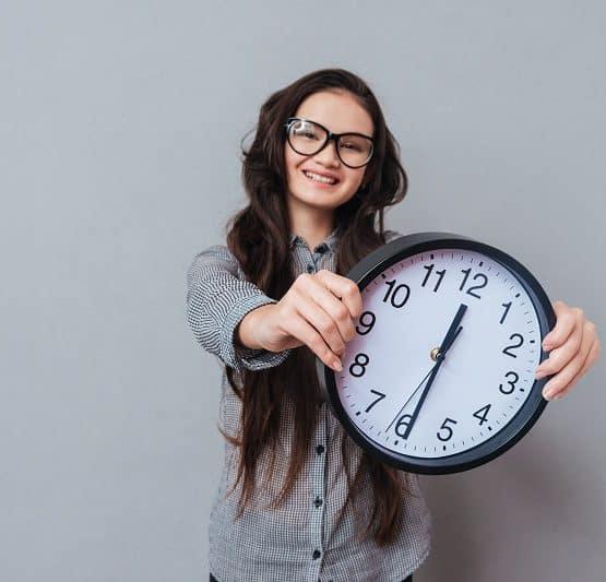 odczytywanie godzin na zegarze